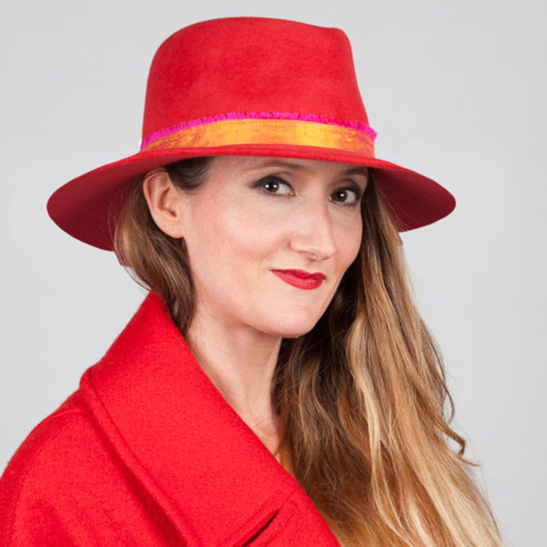 newbury red edited model shot with 7cm brim