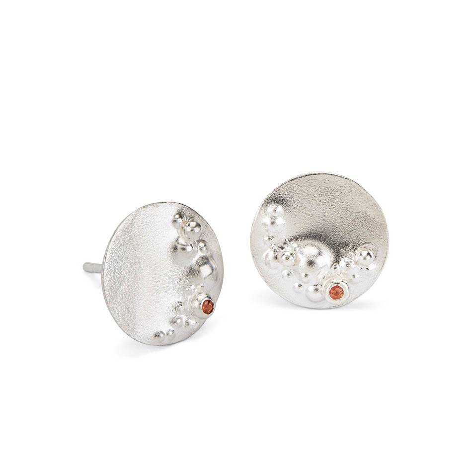 Decorio Medium Studs with Orange Sapphire