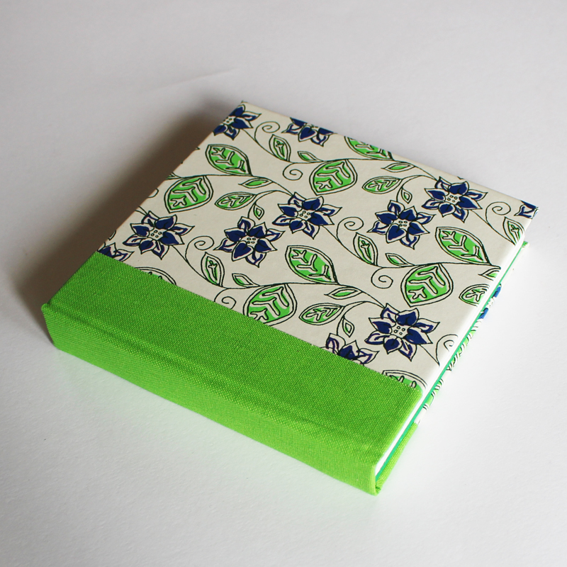 blue flowers paper cover book800
