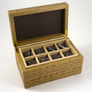 Oak textured surface jewellery box