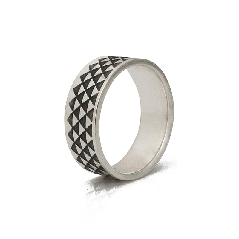 silver-ring-triangle-oxidised-sideview