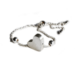 Silhouette adjustable heart bracelet silver